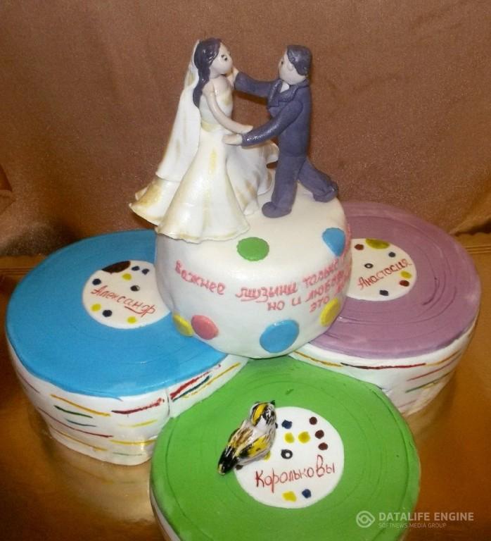 sbadebnie-torti-mnogo-yarus-246
