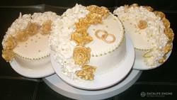 sbadebnie-torti-mnogo-yarus-220