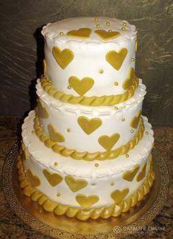 sbadebnie-torti-mnogo-yarus-200