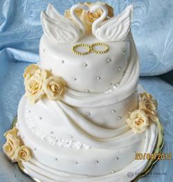 sbadebnie-torti-mnogo-yarus-248