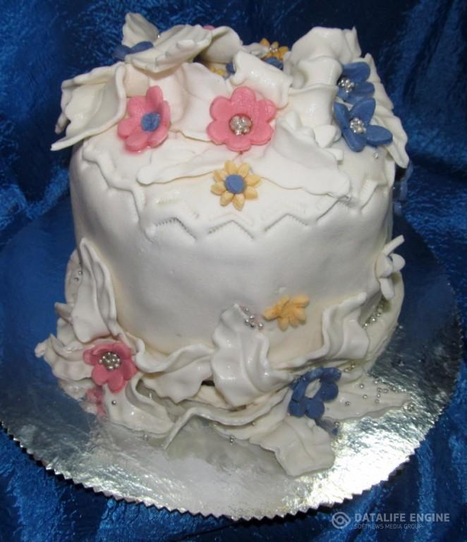 sbadebnie-torti-mnogo-yarus-127