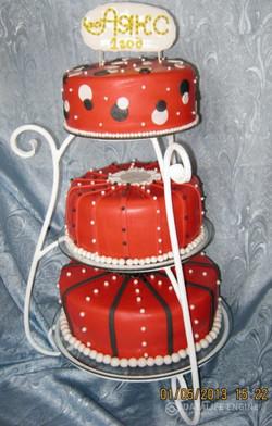 sbadebnie-torti-mnogo-yarus-254
