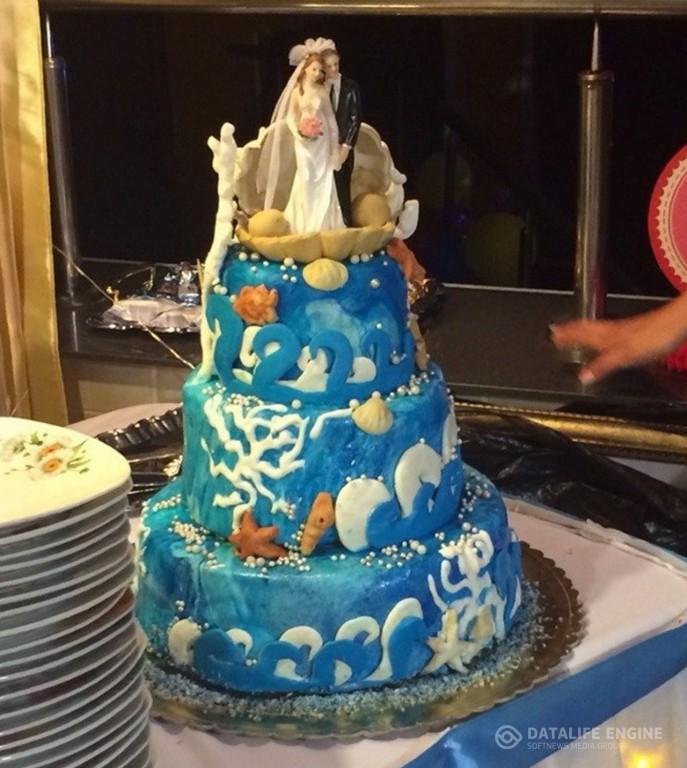 sbadebnie-torti-mnogo-yarus-225