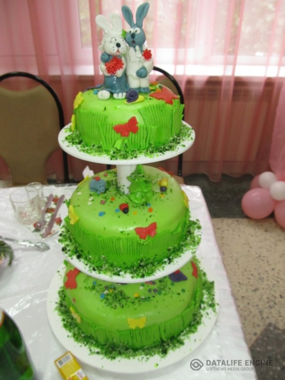 sbadebnie-torti-mnogo-yarus-253