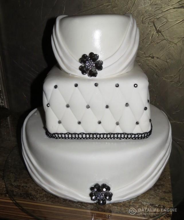 sbadebnie-torti-mnogo-yarus-106