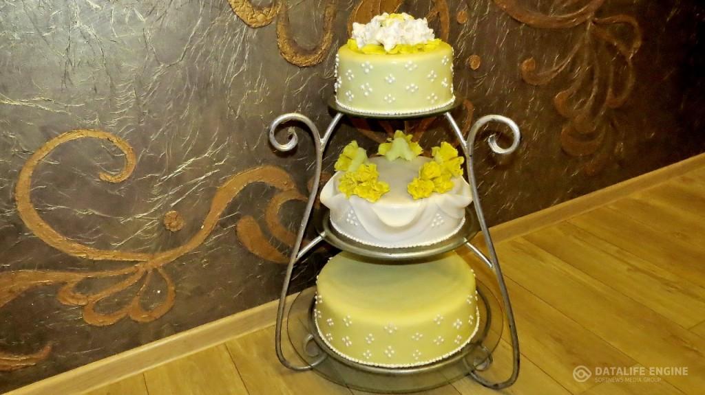 sbadebnie-torti-mnogo-yarus-151