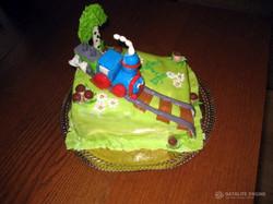 Торт паровоз