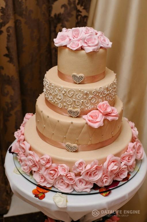 sbadebnie-torti-mnogo-yarus-233