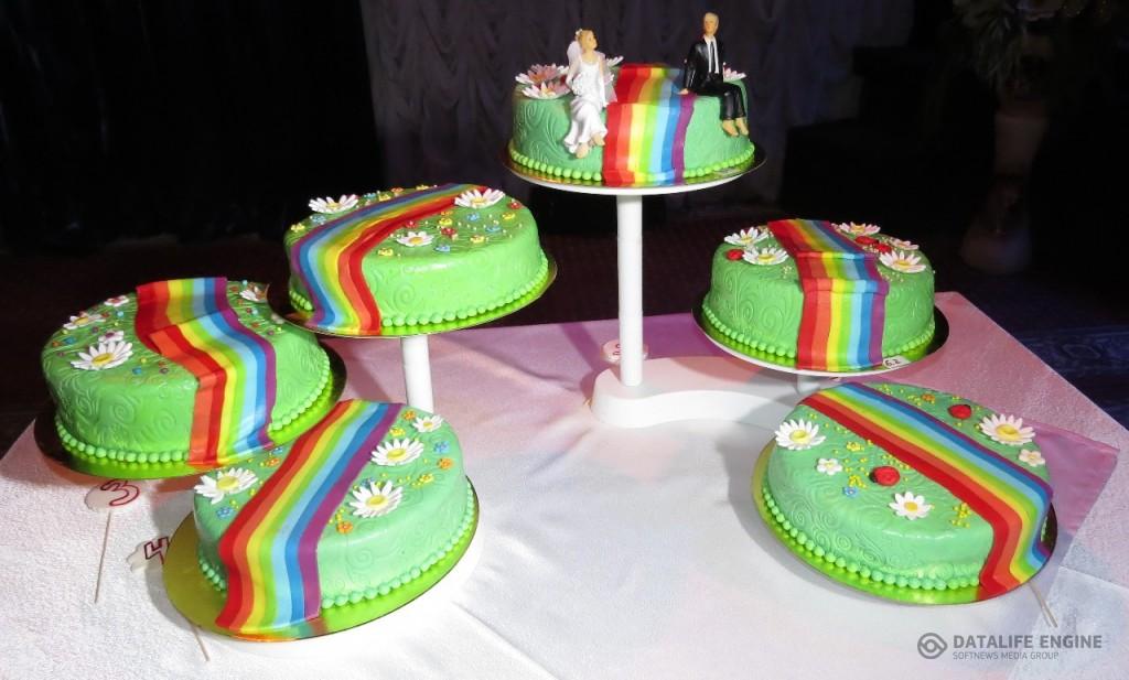 sbadebnie-torti-mnogo-yarus-148