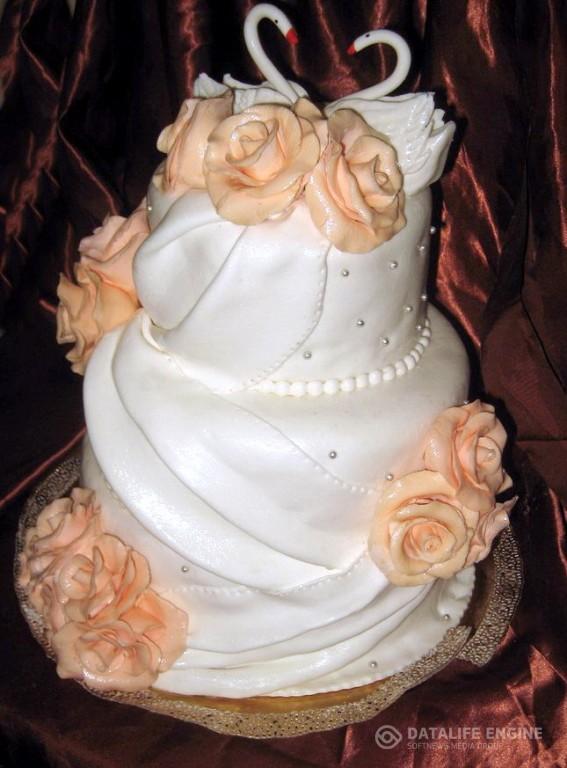 sbadebnie-torti-mnogo-yarus-38