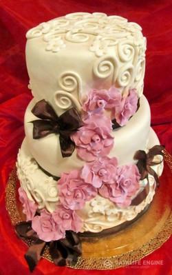 sbadebnie-torti-mnogo-yarus-190