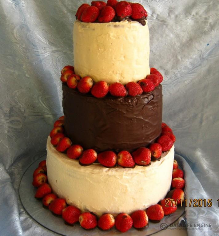 sbadebnie-torti-mnogo-yarus-257