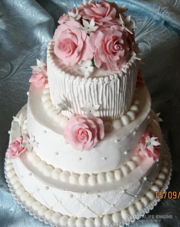 sbadebnie-torti-mnogo-yarus-245