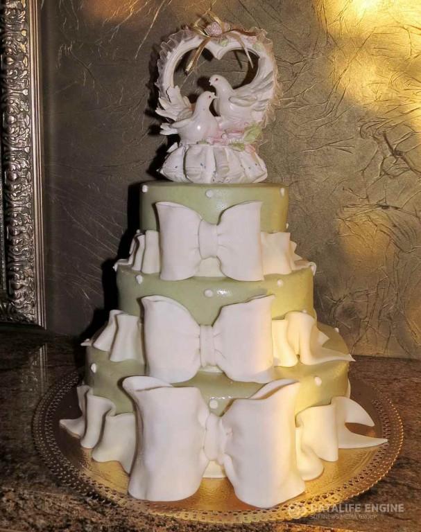 sbadebnie-torti-mnogo-yarus-118