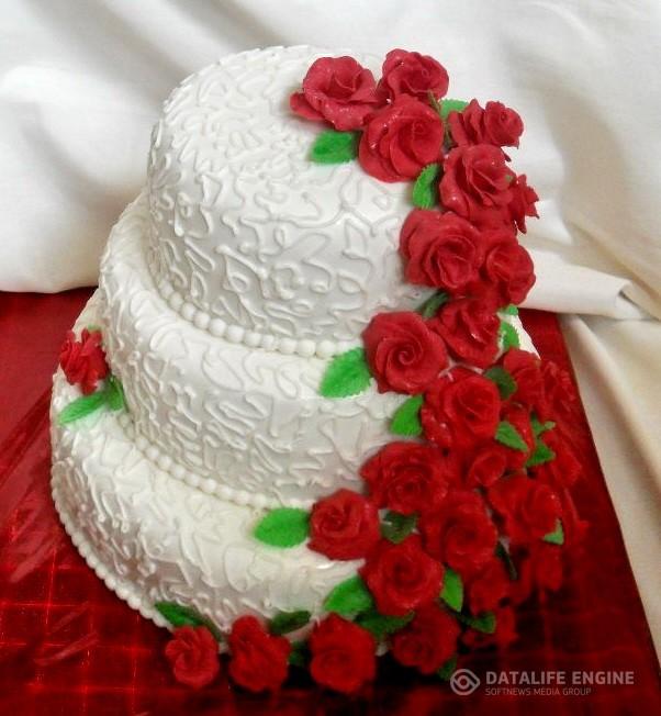 sbadebnie-torti-mnogo-yarus-285