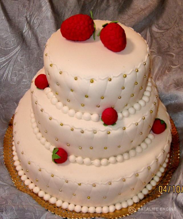 sbadebnie-torti-mnogo-yarus-12