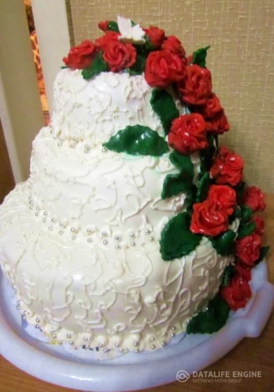 sbadebnie-torti-mnogo-yarus-275