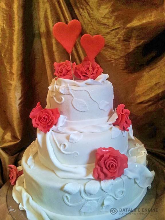 sbadebnie-torti-mnogo-yarus-280