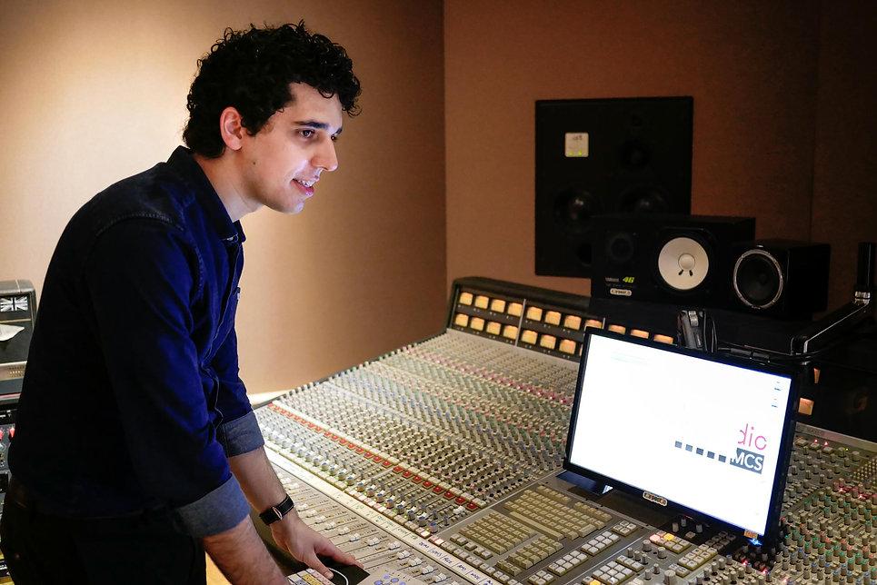 Masterchord Mixer Portrait-3.jpg