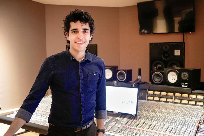 Masterchord Portrait Mixer.jpg