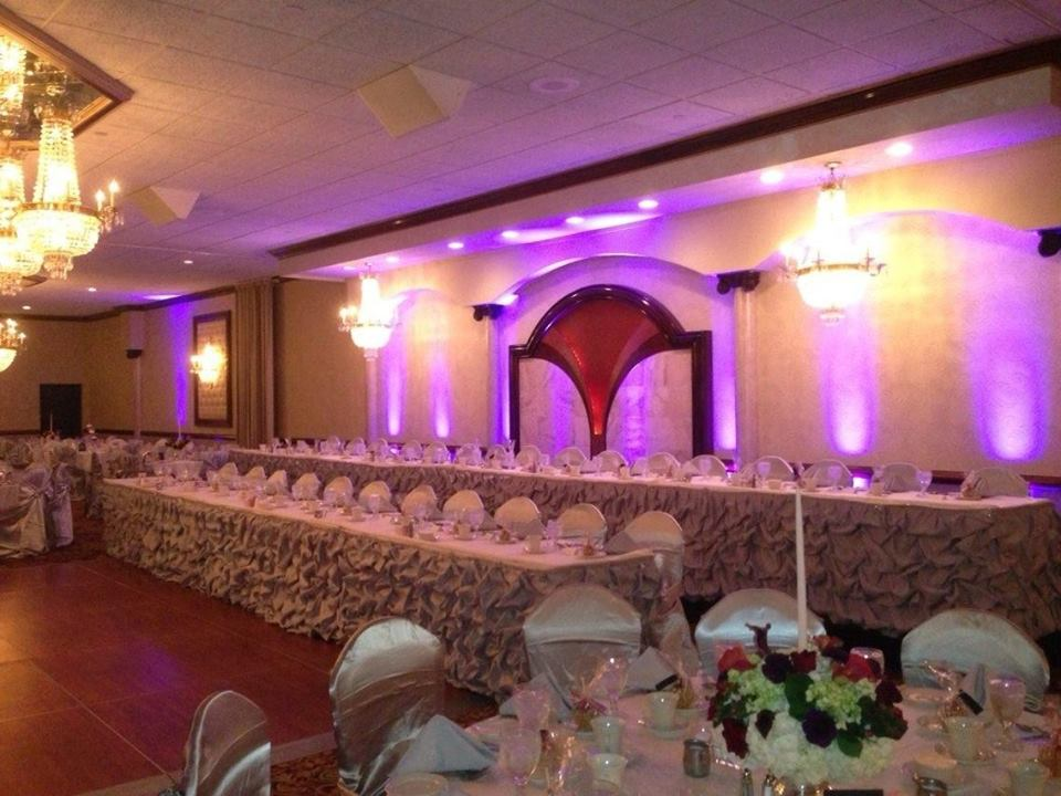 CHIC Head Table Skirting/Uplights