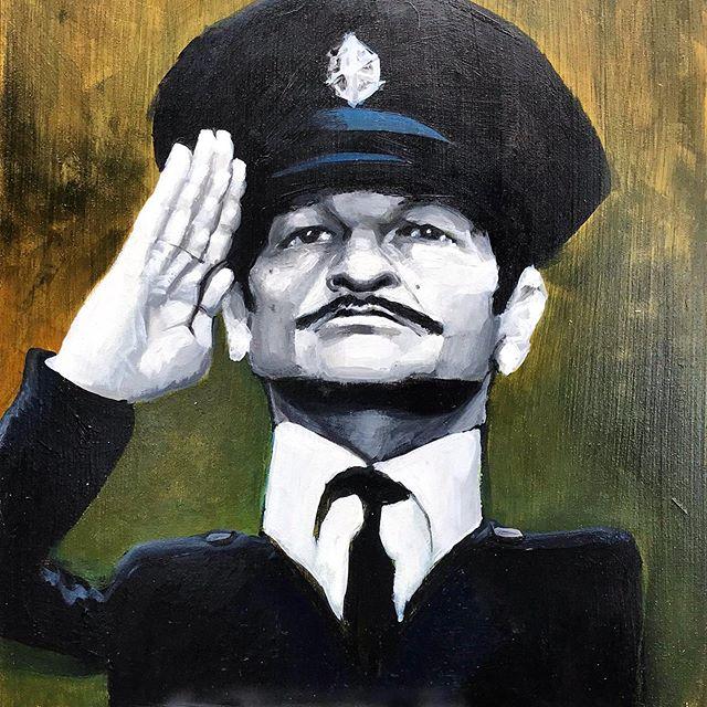 שייקה אופיר - השוטר אזולאי