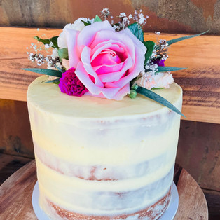 Vanilla Naked Cake w florals.jpg