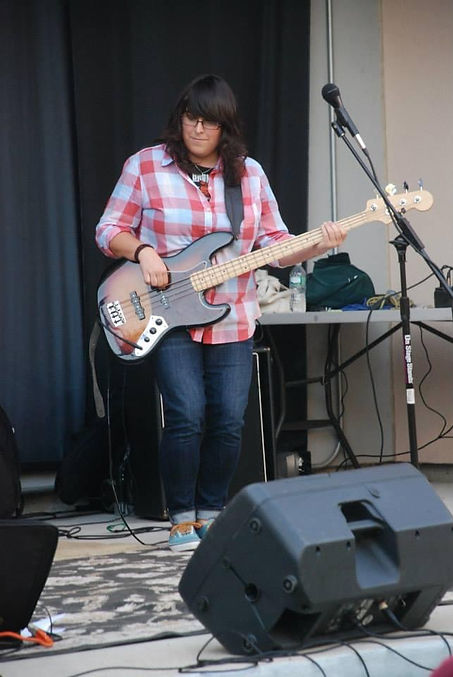 Corina Electric Bass.JPG