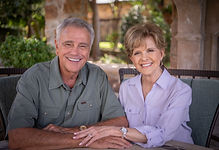 James and Betty Robison 8298.jpg