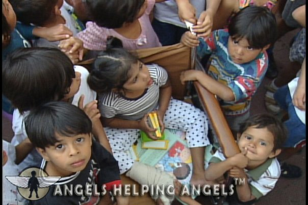 ANGELS+HELPING+ANGELS2.jpg