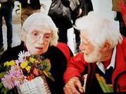 Beate Wheeler Mark di Suvero giving flowers
