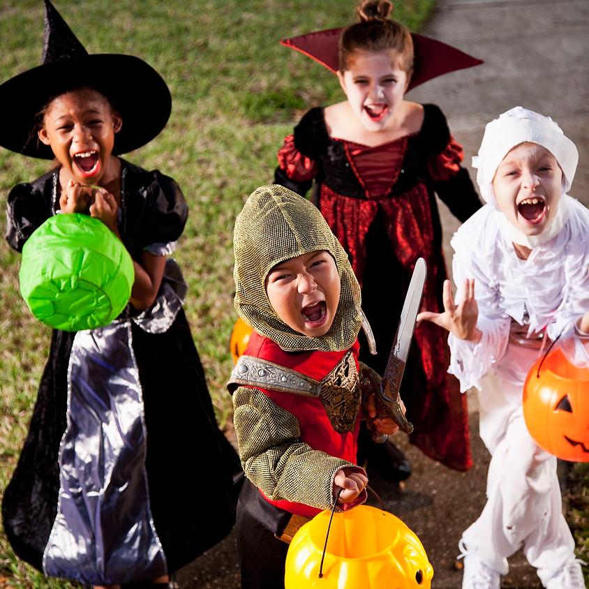 16:30pm - 17:15pm Halloween Trick or Treat