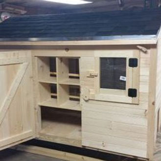 Chicken Coops Built in Maine.  Delivey to Maine, Massachusetts, New Hampshire.