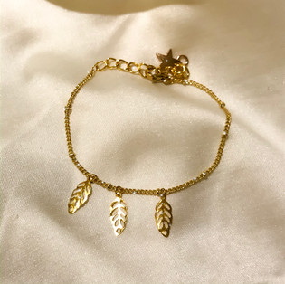 Bracelet 3 feuilles - plaqué or 24 carats - 26,90€