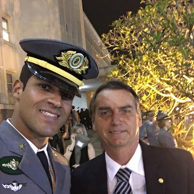 Conhecendo o Presidente Jair Bolsonaro