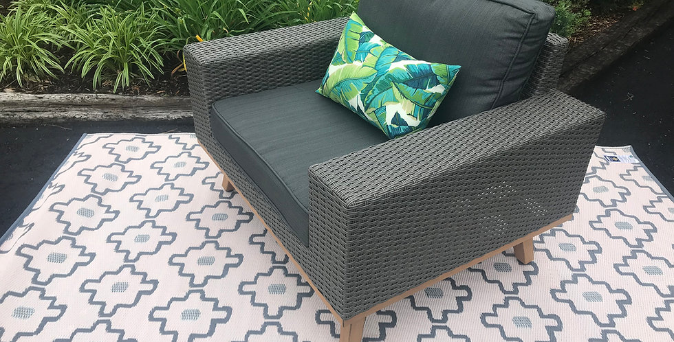 All-weather wicker grey chair
