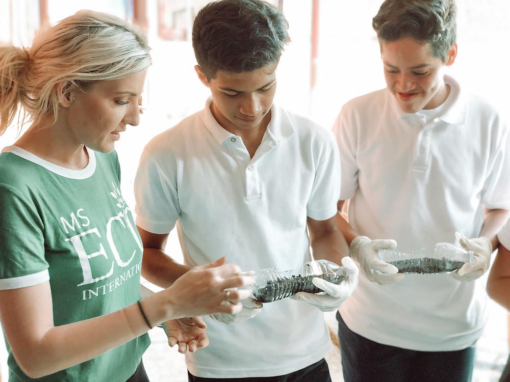 Amanda Sowards Teaching Self Sustainable Education in Nicragaua