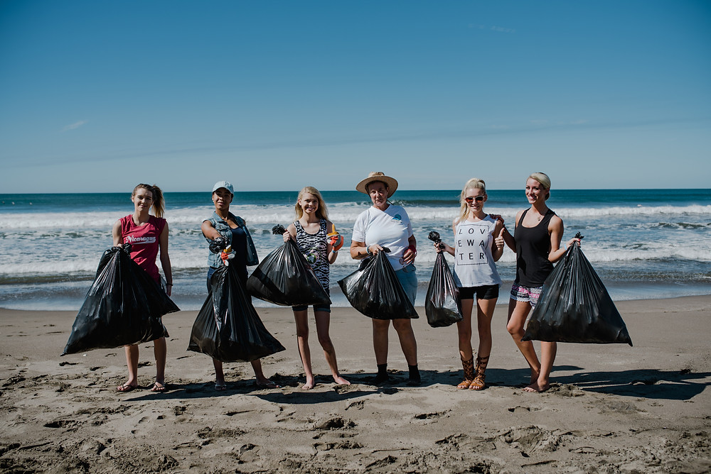 Miss Earth United States beach Clean up Nicaragua
