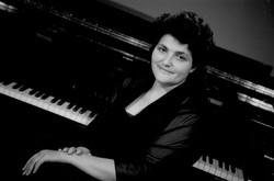 Yulia Lev - Piano