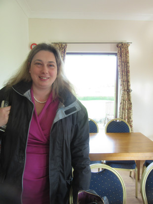Lisa Davis, Innovator / Business coach, is one of the lastest professionals to undertake the EDM training.
