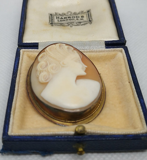 Antique Shell Cameo in 800 Silver Gilt