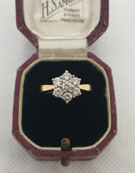 Stunning 18ct Gold and 1.5ct Diamond Flower Ring
