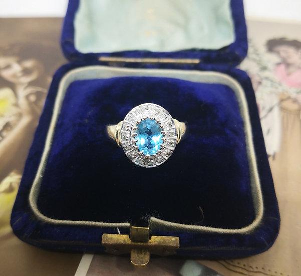 Beautiful 9ct Gold Topaz and Diamond Ring