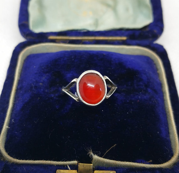 Vintage Silver and Carnelian Ring