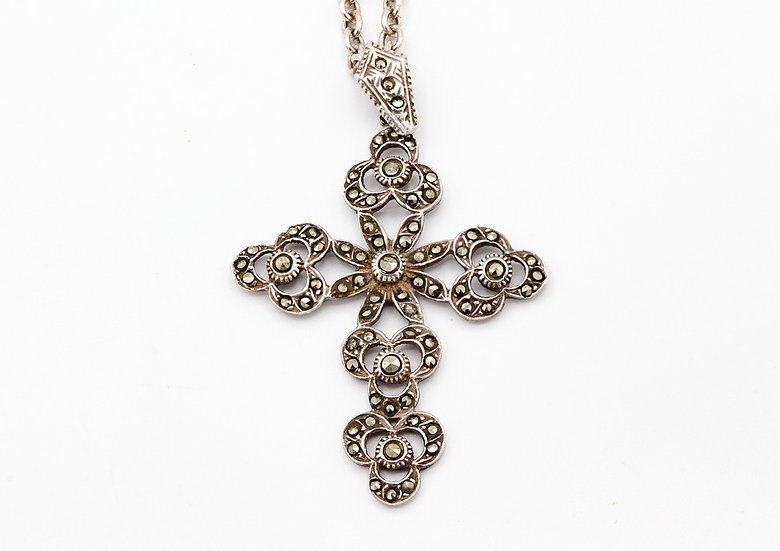 Beautiful Sterling Silver and Marcasite Vintage Cross
