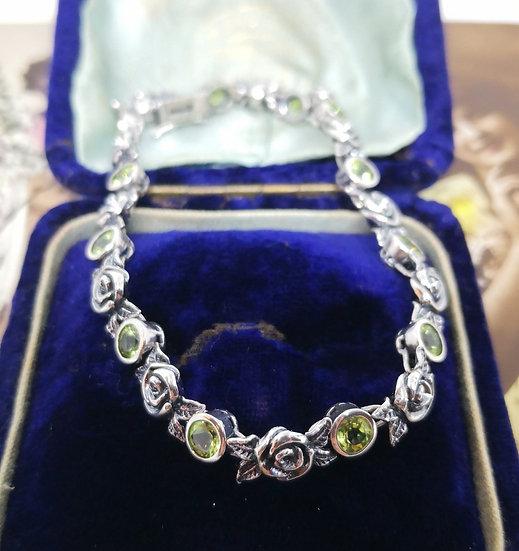 Beautiful Silver and Peridot Bracelet