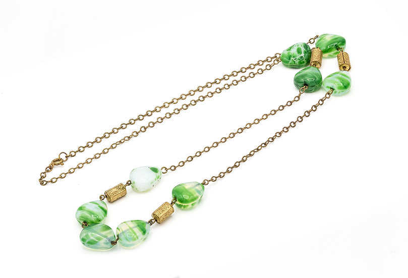 Vintage 1920's Green Bead Necklace