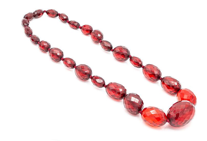 Vintage Art Deco Faceted Cherry Amber Bakelite Necklace