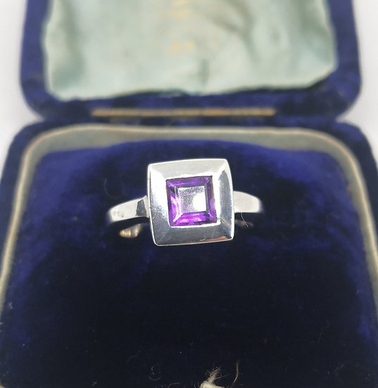 Stylish Silver and Amethyst Ring
