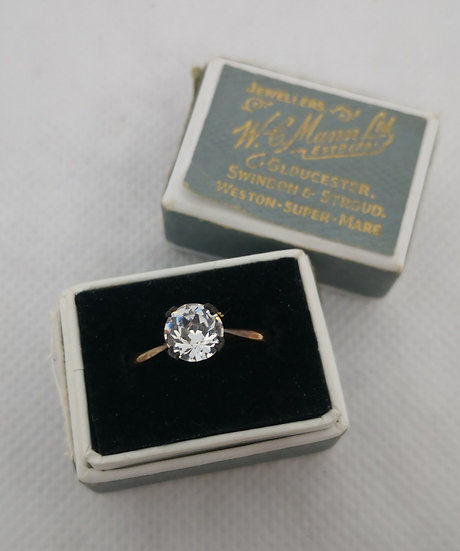 Beautiful Vintage Rolled Gold and Paste Solitaire Ring